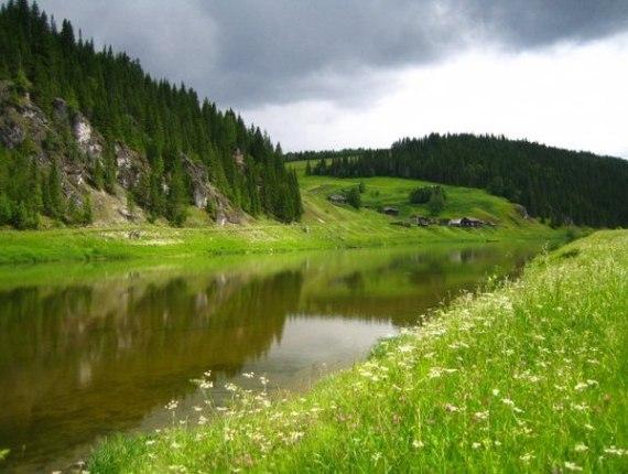 На Урале множество озер, водоемов, рек, в которых можно плавать