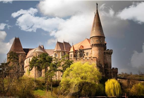 Замок Корвин в Румынии