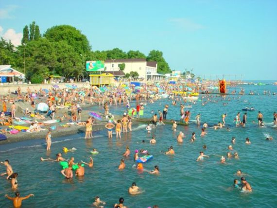 Адлер - пляжный рай в России