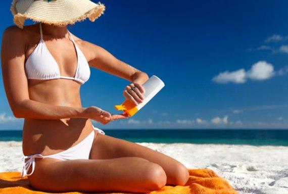 Защита от солнца необходима на пляже