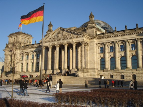 Рейхстаг - самая известная россиянам достопримечательность Германии