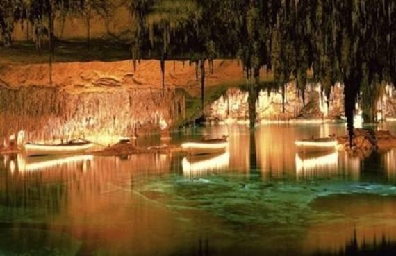 Майорка, пещеры Дель-Драк