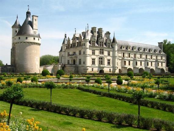 Во Франции более 40 тысяч замков