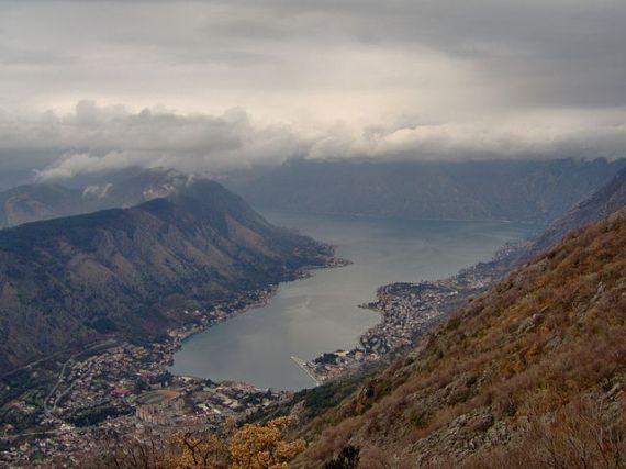 Черногория, вид на Котор зимой