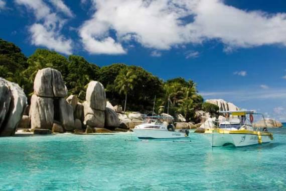 Ещё несколько замечательных мест для ноябрьского отдыха — Доминикана, Мальдивы или Сейшелы