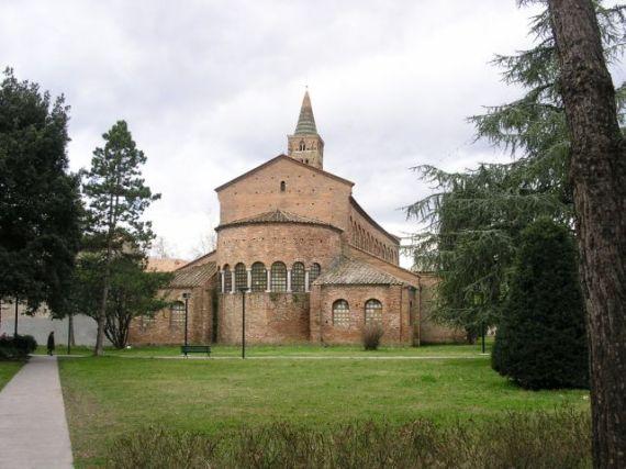 Базилика Сан-Джованни-Евангелиста в Равенне