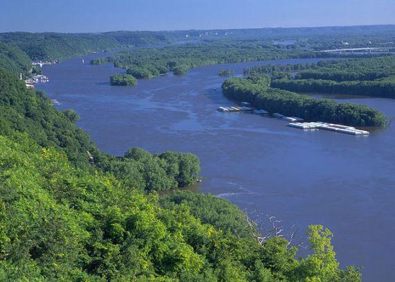 Штат Висконсин назван по имени реки