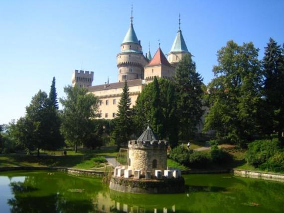 Словакия интересна замковой архитектурой