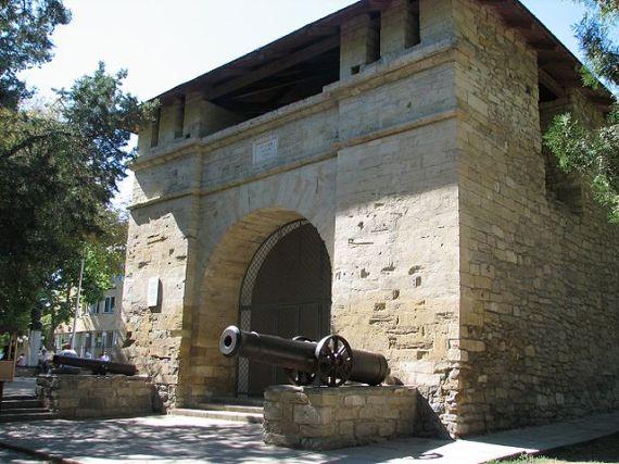 Остатки турецкой крепости XVIII века, Русские ворота в Анапе
