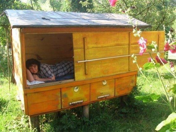 Экстрим для туристов: сон на живых пчелах