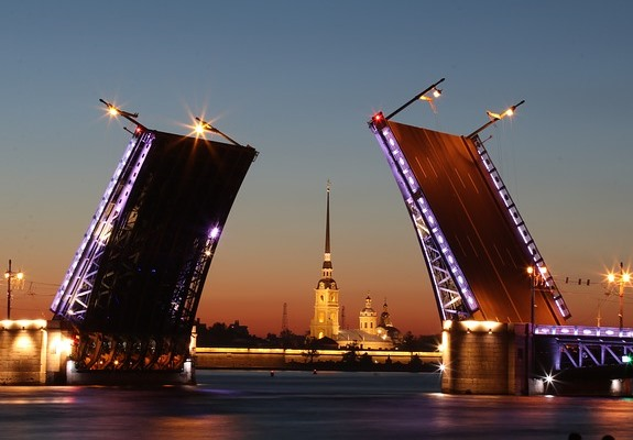 Разводные мосты - чудо инженерной мысли и украшение Санкт-Петербурга
