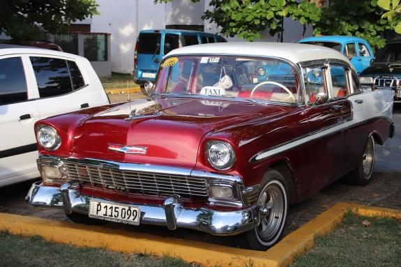 Такие раритеты на Кубе на каждом шагу