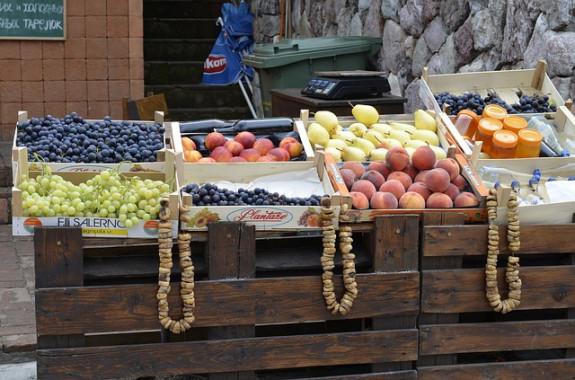 Фруктовый рынок в Будве