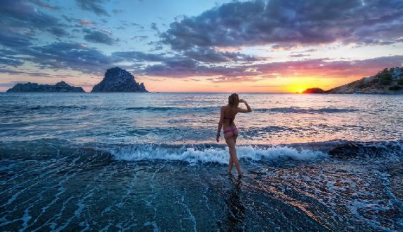 Остров Ибица - молодежный курорт в Испании
