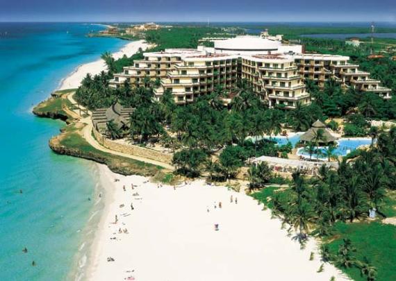Отель на побережье Кубы