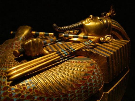 Причина смерти Тутанхамона