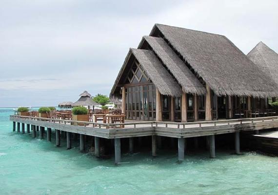 Мальдивы, ресторан отеля Kuramati