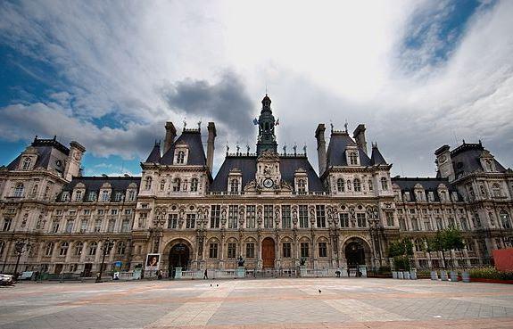 Парижская мэрия на Гревской площади