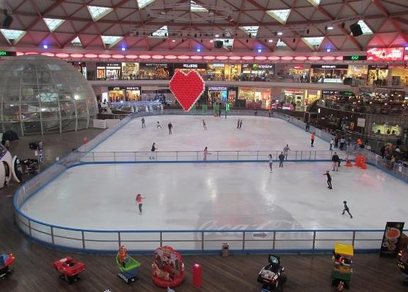 «ICE MALL» - крупный торговый центр в Эйлате