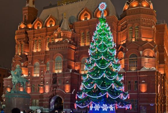 Новогодняя елка в Москве на манежной площади
