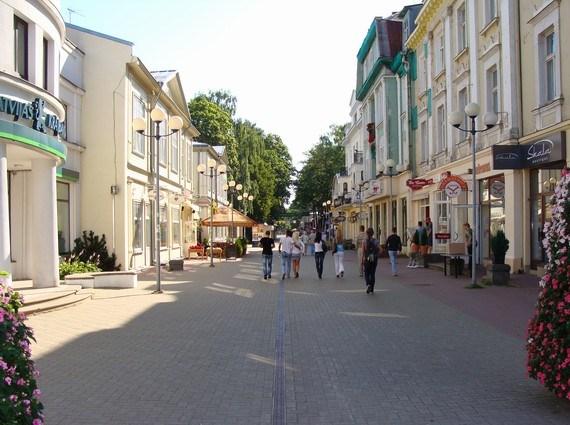 Центральная улица Юрмалы Йомас