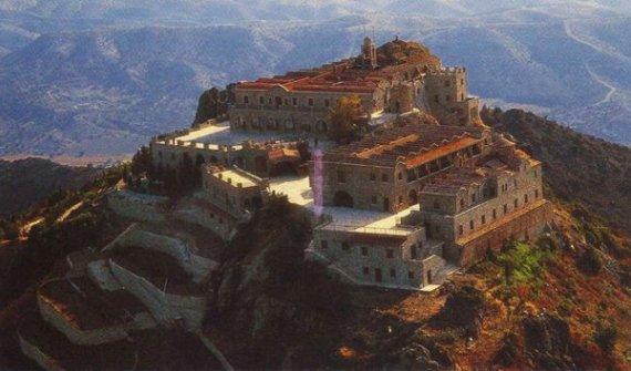 Кипр, мужской монастырь Ставровуни