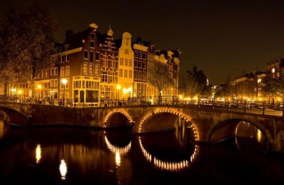 Амстердам – город каналов