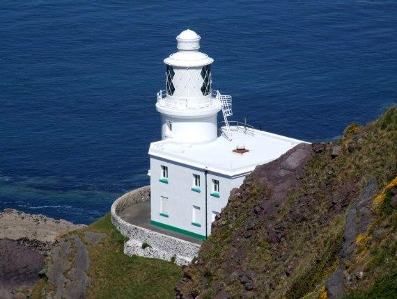 Маяк Hartland Point Lighthouse в Северном Девоне можно купить за 500 000 евро