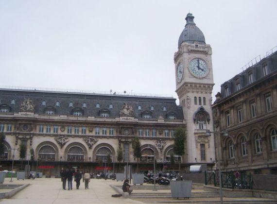 Лионский вокзал приглашает на экскурсии в часовую башню