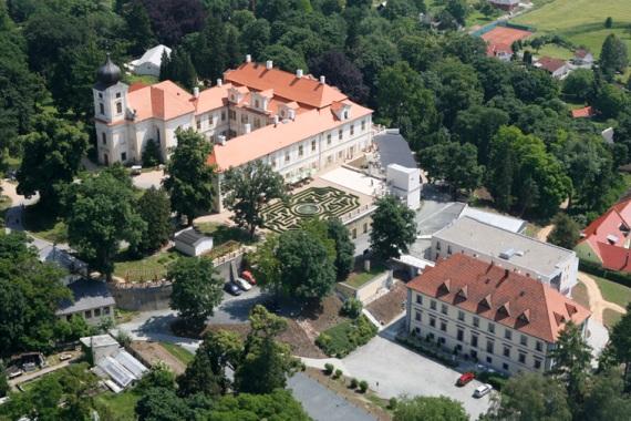 Чешский замок Лоучень: экскурсия к вампирам