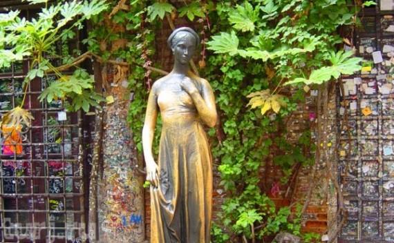 Статуя Джульетты, Италия, Верона