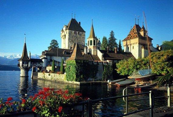 Многие россияне предпочитают путешествовать по Европе