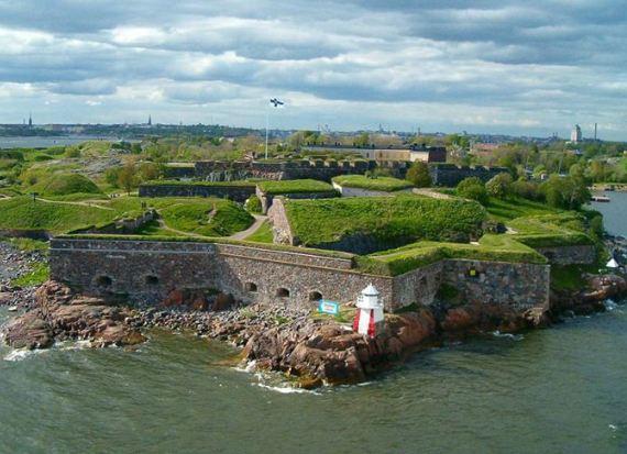Моруская крепость Суоменлинна в Финляндии