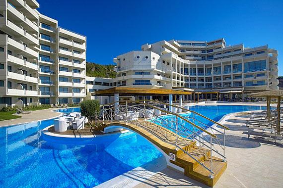 Морской курорт Элизиум на Кипре