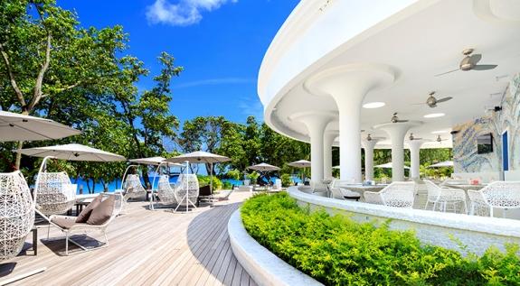 Прибрежный бар на Сейшелах