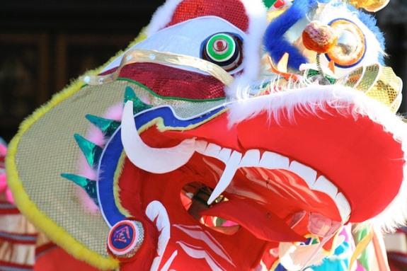 Новый год в Китае - красочное шоу