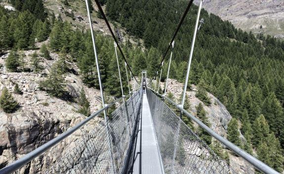 Мост стал уникальной достопримечательностью Церматта