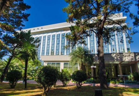 «Изумруд»: отдых в центре Адлера