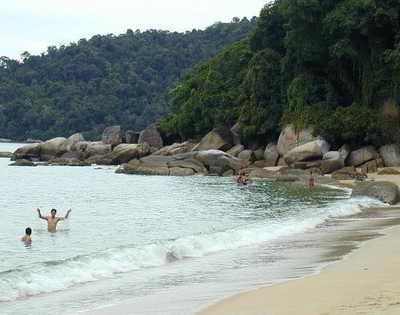 Пангкор Лаут, пляж