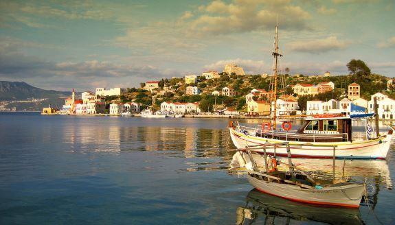 Варкиза, Греция