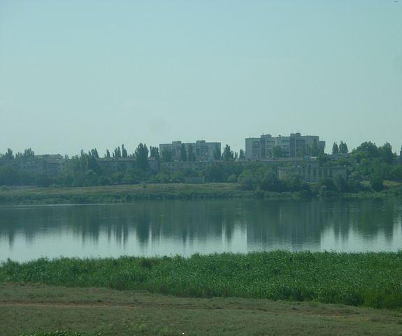 Сакское озеро, вид на город