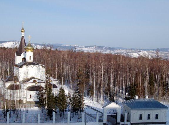 Храм «Всех Святых в России просиявших» в Усть-Илимске
