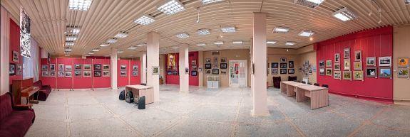 Сердце культурной жизни Усть-Илимская — картинная галерея