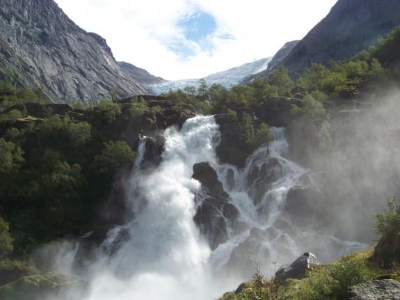 Виннуфоссен - водопад в Норвегии