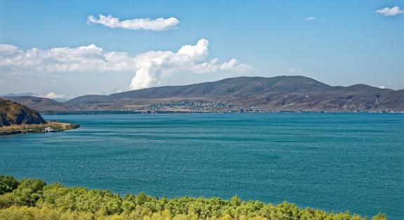 Озеро Севан в сентябре
