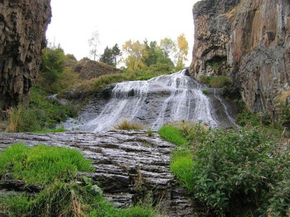 Горный курорт Джермук, водопад Волосы Русалки
