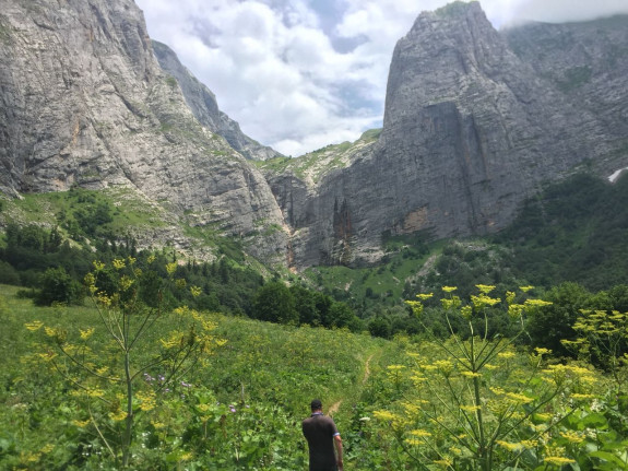 Горячие источники распространены в горах