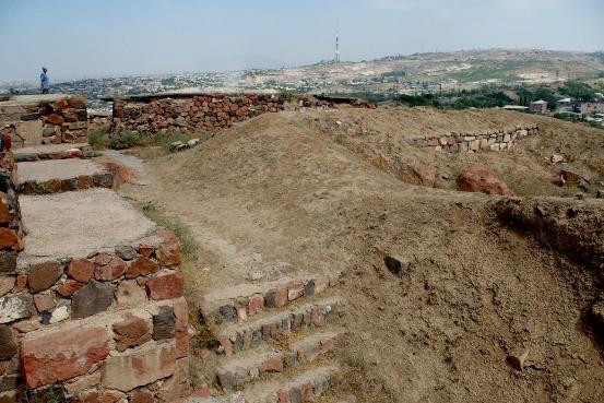 Крепость Эребуни в Ереване