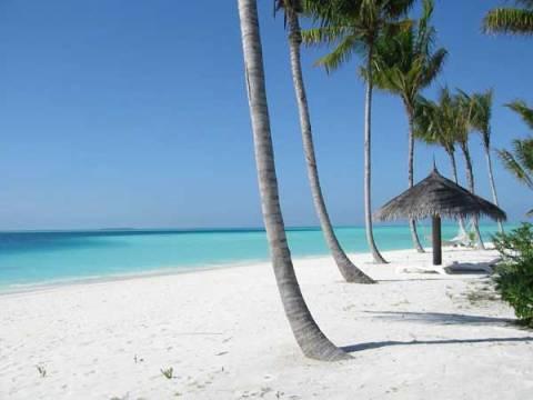 Мальдивские острова в Индийском океане