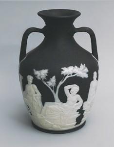 Портландская ваза в Британском музее